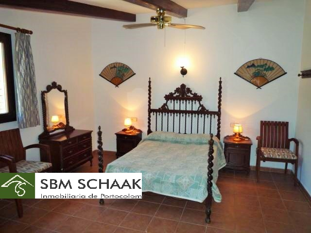 Finca Portocolom Holiday bedroom4 1060