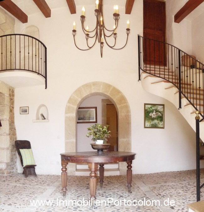 Finca Mallorca entrance hall 21713